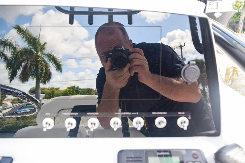 Thumbnail 35 for New 2020 Sportsman Masters 227 Bay Boat boat for sale in West Palm Beach, FL