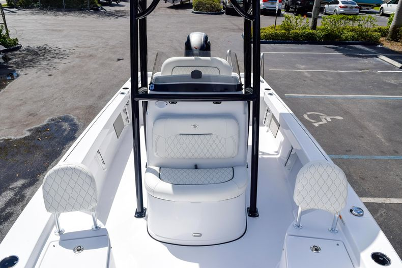 Thumbnail 57 for New 2020 Sportsman Masters 227 Bay Boat boat for sale in West Palm Beach, FL