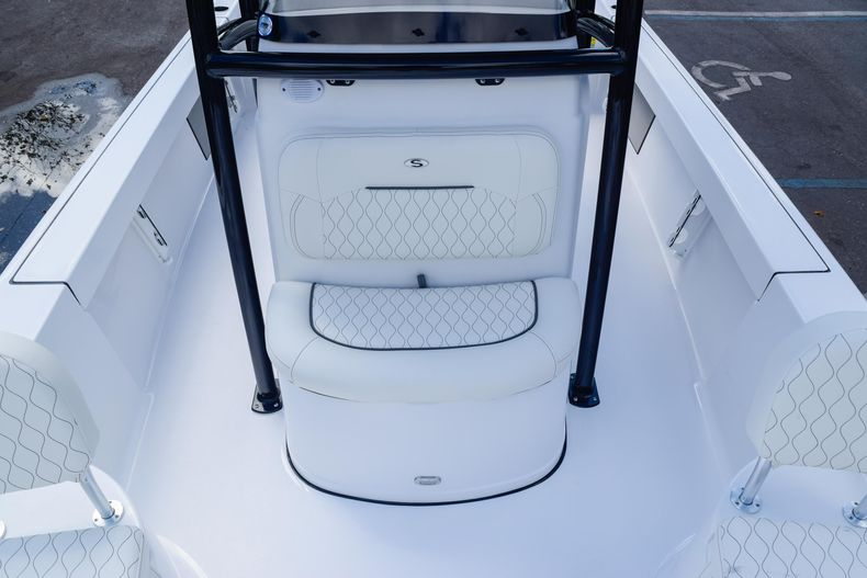 Thumbnail 47 for New 2020 Sportsman Masters 227 Bay Boat boat for sale in West Palm Beach, FL