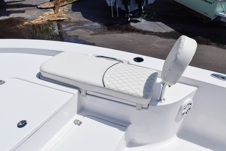 Thumbnail 50 for New 2020 Sportsman Masters 227 Bay Boat boat for sale in West Palm Beach, FL