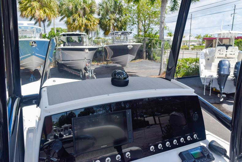 Thumbnail 43 for New 2020 Sportsman Masters 227 Bay Boat boat for sale in West Palm Beach, FL