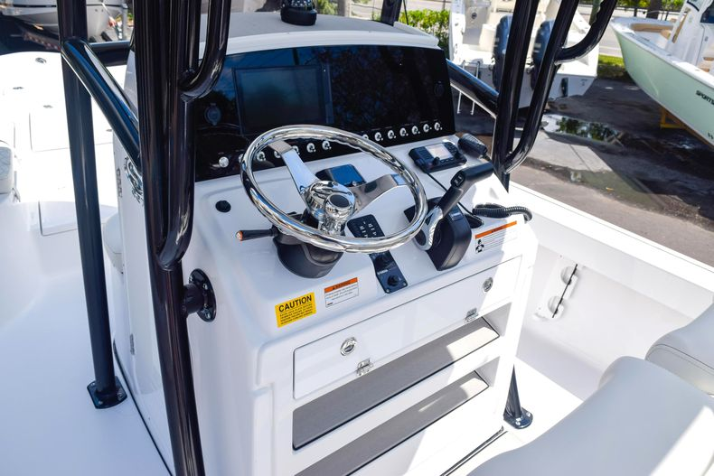 Thumbnail 32 for New 2020 Sportsman Masters 227 Bay Boat boat for sale in West Palm Beach, FL
