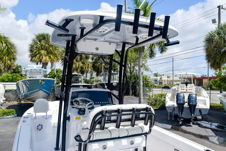 Thumbnail 61 for New 2020 Sportsman Masters 227 Bay Boat boat for sale in West Palm Beach, FL