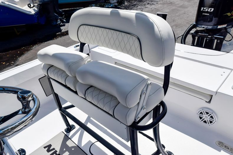 Thumbnail 26 for New 2020 Sportsman Masters 227 Bay Boat boat for sale in West Palm Beach, FL