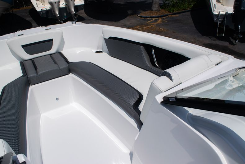 Thumbnail 34 for New 2020 Hurricane SPD210-OB boat for sale in West Palm Beach, FL