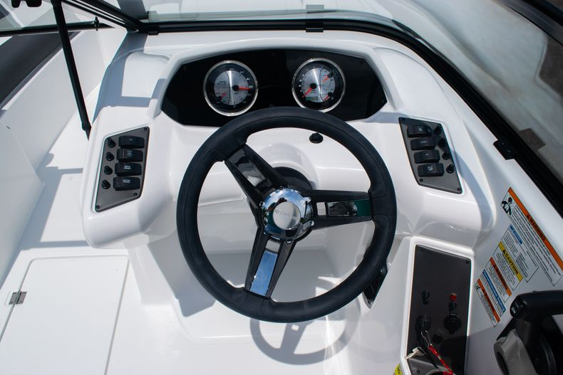 Thumbnail 26 for New 2020 Hurricane SPD210-OB boat for sale in West Palm Beach, FL