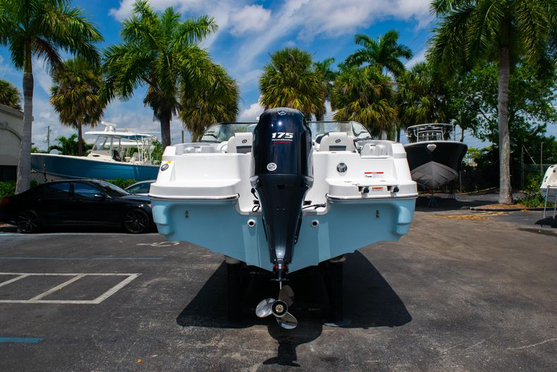 Thumbnail 6 for New 2020 Hurricane SPD210-OB boat for sale in West Palm Beach, FL