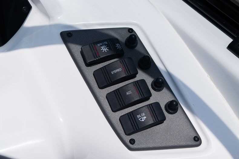 Thumbnail 28 for New 2020 Hurricane SPD210-OB boat for sale in West Palm Beach, FL