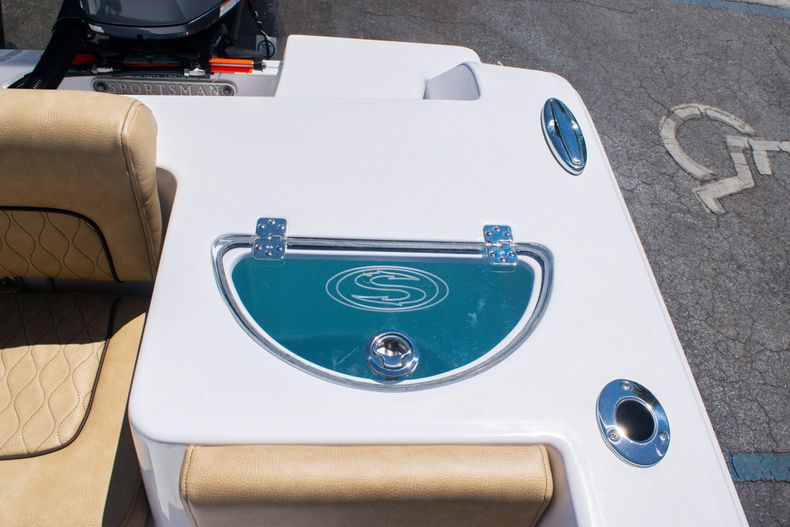 Thumbnail 15 for New 2020 Sportsman Heritage 251 Center Console boat for sale in West Palm Beach, FL