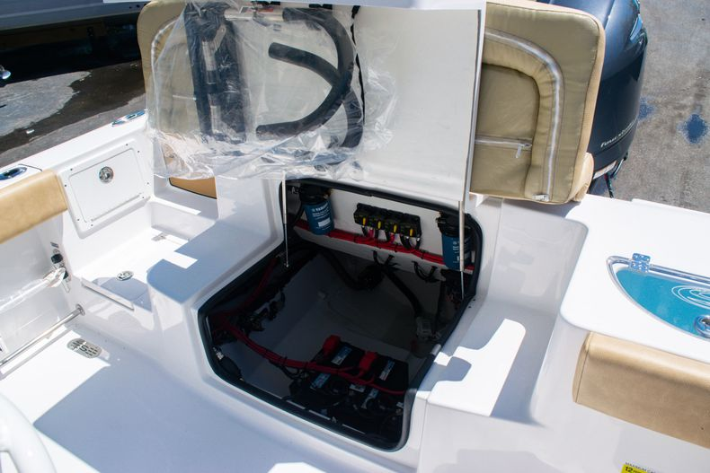 Thumbnail 14 for New 2020 Sportsman Heritage 251 Center Console boat for sale in West Palm Beach, FL