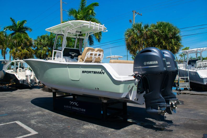 Thumbnail 5 for New 2020 Sportsman Heritage 251 Center Console boat for sale in West Palm Beach, FL