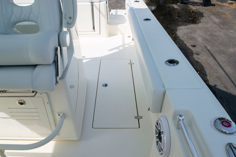 Thumbnail 21 for New 2020 Cobia 350 CC Center Console boat for sale in West Palm Beach, FL