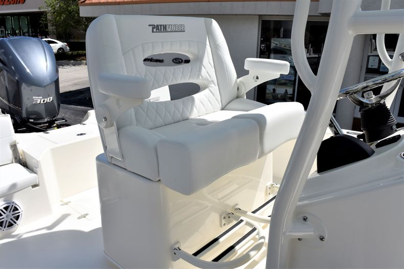 Thumbnail 20 for New 2020 Pathfinder 2500 Hybrid Bay Boat boat for sale in Vero Beach, FL