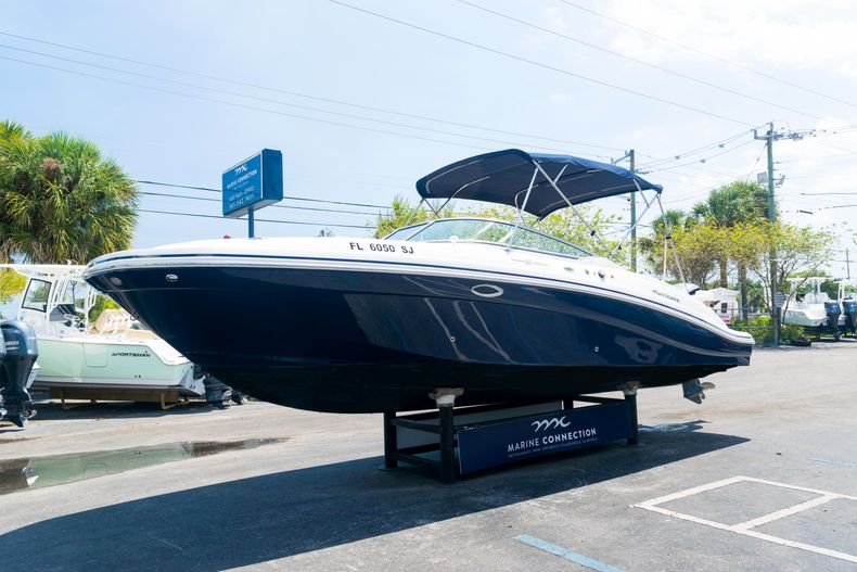 Thumbnail 3 for Used 2015 Hurricane SunDeck SD 2690 OB boat for sale in West Palm Beach, FL