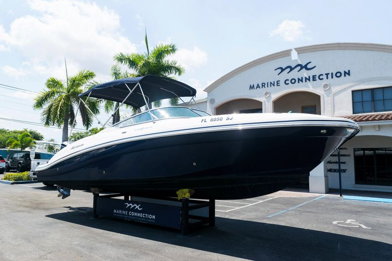 Thumbnail 1 for Used 2015 Hurricane SunDeck SD 2690 OB boat for sale in West Palm Beach, FL