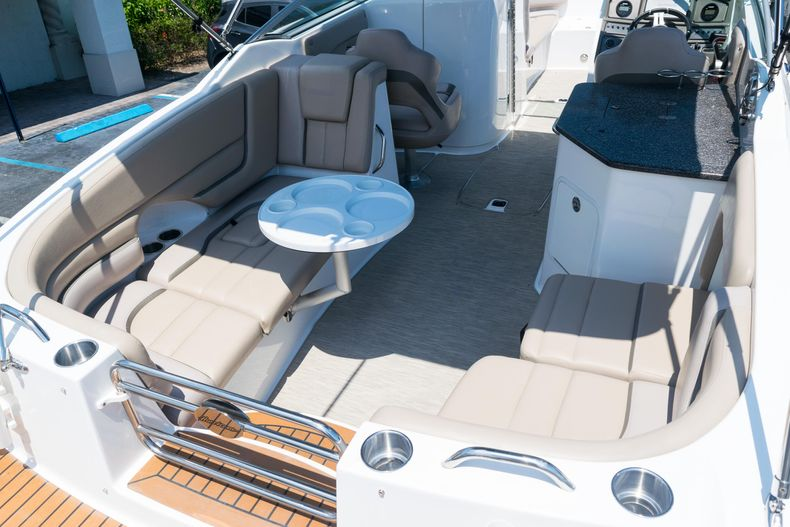 Thumbnail 32 for Used 2015 Hurricane SunDeck SD 2690 OB boat for sale in West Palm Beach, FL