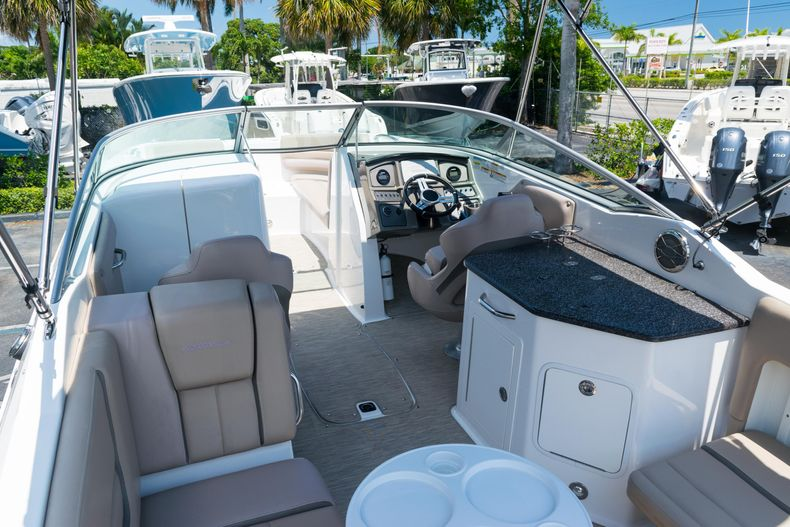 Thumbnail 34 for Used 2015 Hurricane SunDeck SD 2690 OB boat for sale in West Palm Beach, FL