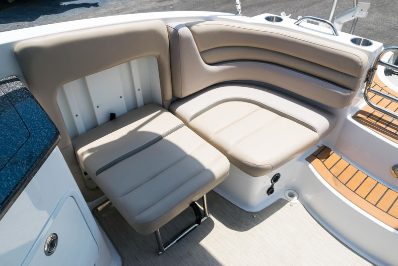 Thumbnail 11 for Used 2015 Hurricane SunDeck SD 2690 OB boat for sale in West Palm Beach, FL