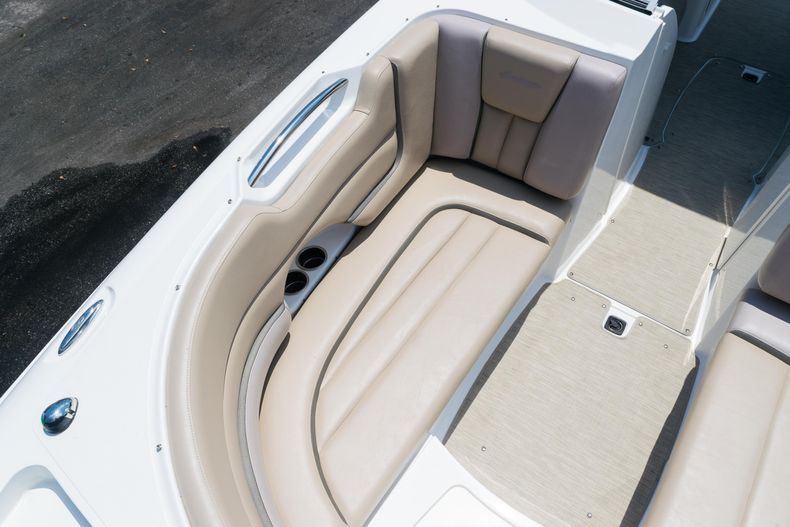 Thumbnail 57 for Used 2015 Hurricane SunDeck SD 2690 OB boat for sale in West Palm Beach, FL