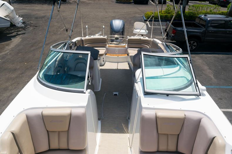 Thumbnail 60 for Used 2015 Hurricane SunDeck SD 2690 OB boat for sale in West Palm Beach, FL
