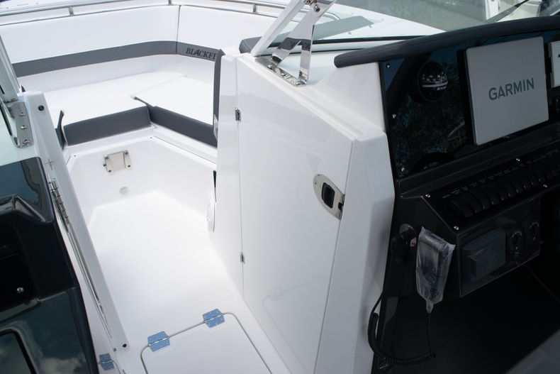 Thumbnail 50 for New 2020 Blackfin 272DC boat for sale in West Palm Beach, FL