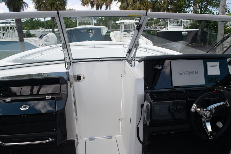 Thumbnail 51 for New 2020 Blackfin 272DC boat for sale in West Palm Beach, FL