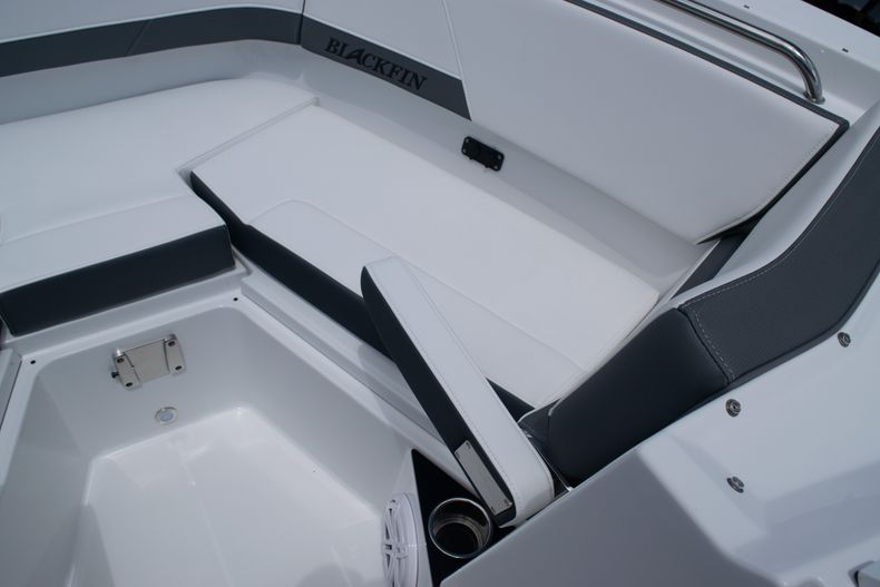 Thumbnail 57 for New 2020 Blackfin 272DC boat for sale in West Palm Beach, FL