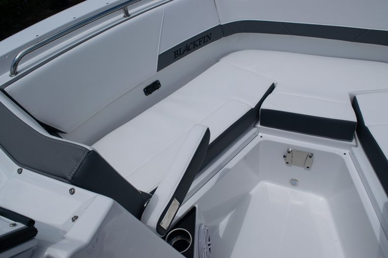 Thumbnail 56 for New 2020 Blackfin 272DC boat for sale in West Palm Beach, FL