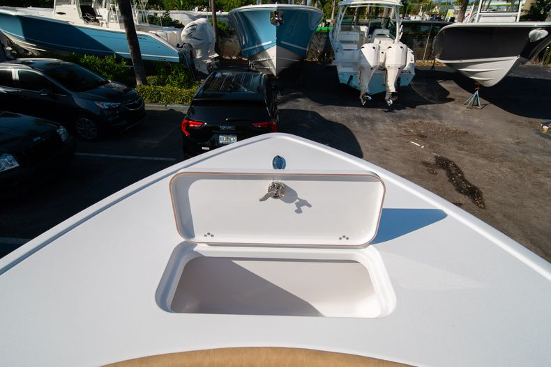 Thumbnail 38 for New 2020 Sportsman Masters 267OE Bay Boat boat for sale in Fort Lauderdale, FL