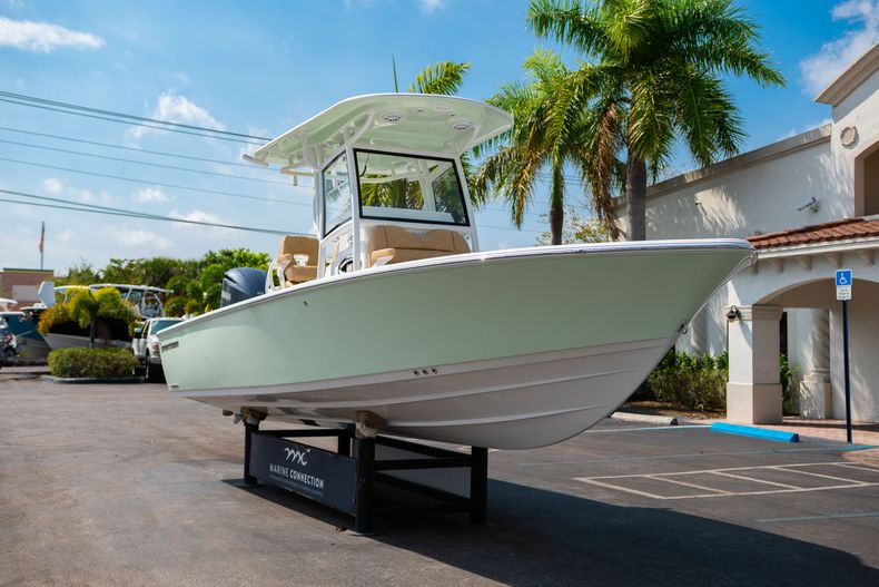 Thumbnail 1 for New 2020 Sportsman Masters 267OE Bay Boat boat for sale in Fort Lauderdale, FL