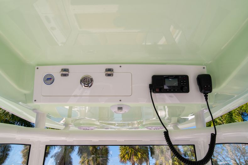 Thumbnail 24 for New 2020 Sportsman Masters 267OE Bay Boat boat for sale in Fort Lauderdale, FL