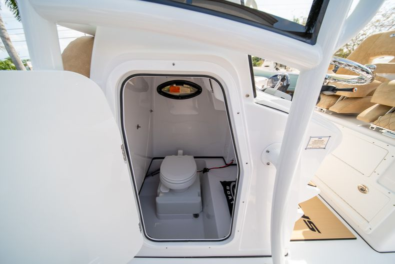 Thumbnail 32 for New 2020 Sportsman Masters 267OE Bay Boat boat for sale in Fort Lauderdale, FL