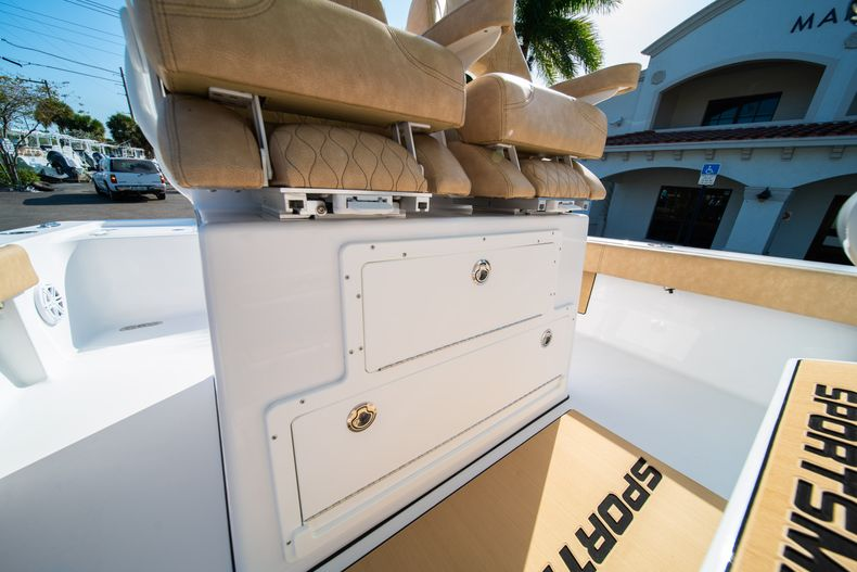 Thumbnail 30 for New 2020 Sportsman Masters 267OE Bay Boat boat for sale in Fort Lauderdale, FL