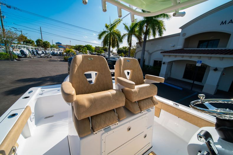 Thumbnail 26 for New 2020 Sportsman Masters 267OE Bay Boat boat for sale in Fort Lauderdale, FL
