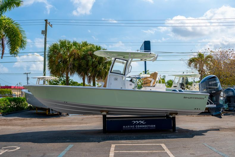 Thumbnail 4 for New 2020 Sportsman Masters 267OE Bay Boat boat for sale in Fort Lauderdale, FL