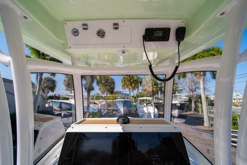 Thumbnail 25 for New 2020 Sportsman Masters 267OE Bay Boat boat for sale in Fort Lauderdale, FL