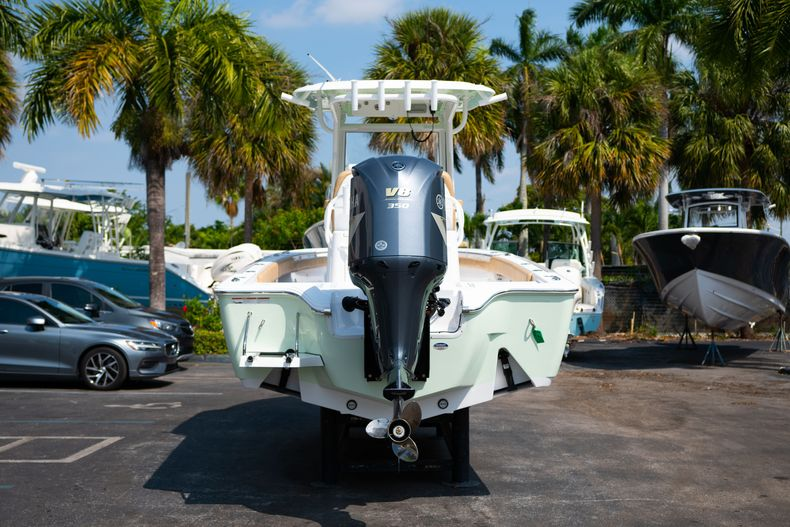 Thumbnail 6 for New 2020 Sportsman Masters 267OE Bay Boat boat for sale in Fort Lauderdale, FL