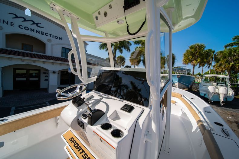 Thumbnail 20 for New 2020 Sportsman Masters 267OE Bay Boat boat for sale in Fort Lauderdale, FL
