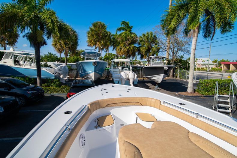 Thumbnail 34 for New 2020 Sportsman Masters 267OE Bay Boat boat for sale in Fort Lauderdale, FL