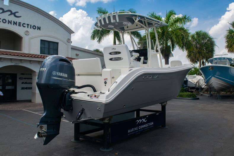 Thumbnail 7 for New 2020 Cobia 220 CC Center Console boat for sale in West Palm Beach, FL
