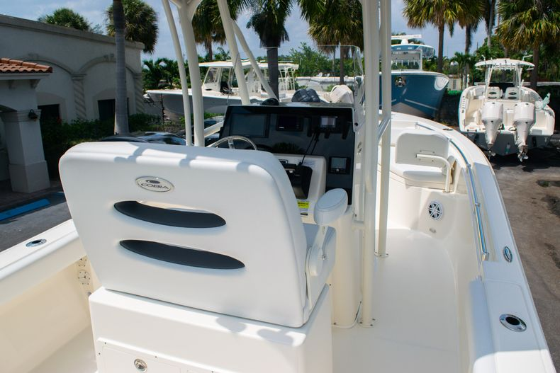 Thumbnail 8 for New 2020 Cobia 220 CC Center Console boat for sale in West Palm Beach, FL