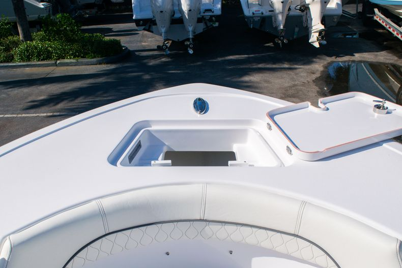 Thumbnail 34 for New 2020 Sportsman Heritage 211 Center Console boat for sale in Fort Lauderdale, FL