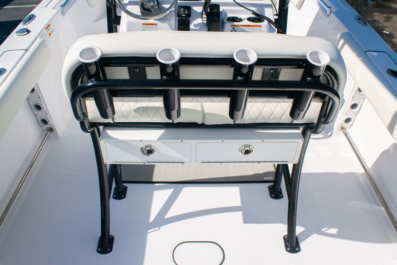 Thumbnail 14 for New 2020 Sportsman Heritage 211 Center Console boat for sale in Fort Lauderdale, FL