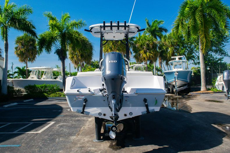 Thumbnail 6 for New 2020 Sportsman Heritage 211 Center Console boat for sale in Fort Lauderdale, FL