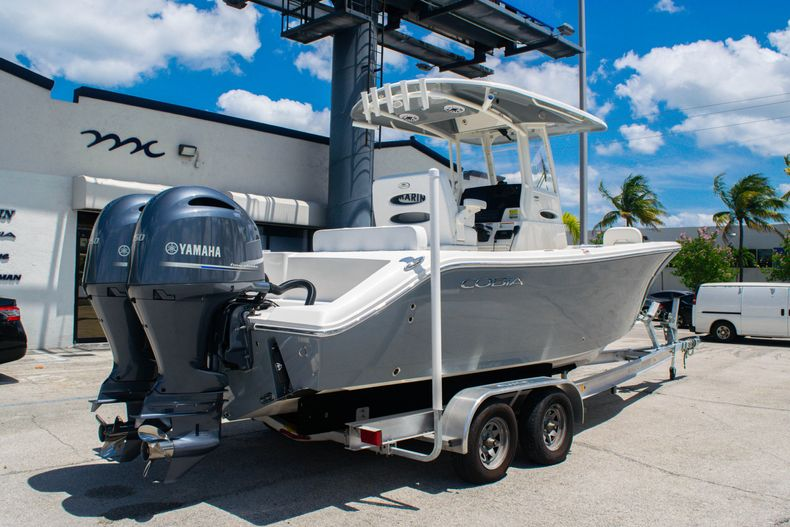 Thumbnail 7 for New 2020 Cobia 240 CC Center Console boat for sale in Fort Lauderdale, FL