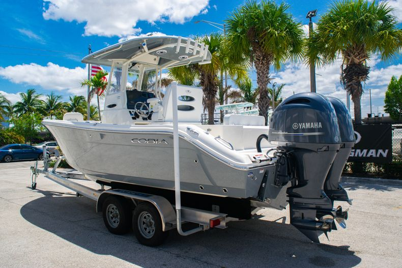 Thumbnail 5 for New 2020 Cobia 240 CC Center Console boat for sale in Fort Lauderdale, FL