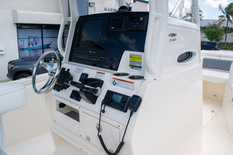 Thumbnail 26 for New 2020 Cobia 240 CC Center Console boat for sale in Fort Lauderdale, FL
