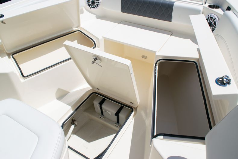 Thumbnail 45 for New 2020 Cobia 240 CC Center Console boat for sale in Fort Lauderdale, FL