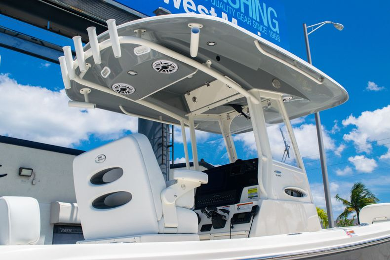 Thumbnail 8 for New 2020 Cobia 240 CC Center Console boat for sale in Fort Lauderdale, FL