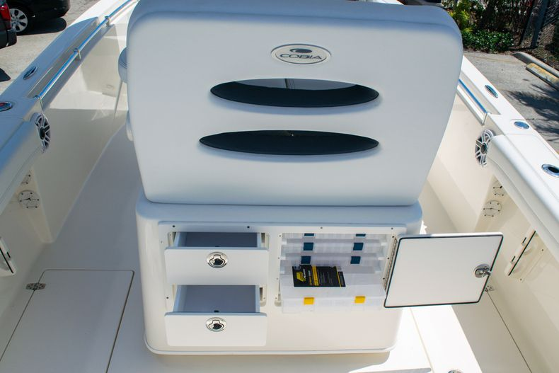 Thumbnail 21 for New 2020 Cobia 240 CC Center Console boat for sale in Fort Lauderdale, FL